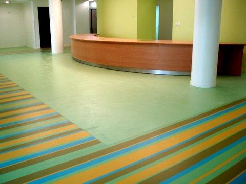Un hôpital aux couleurs joyeuses
